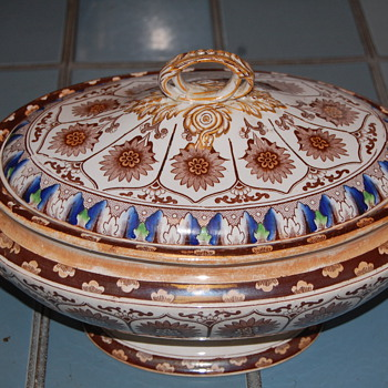 Brownfield Soup Tureen - China and Dinnerware