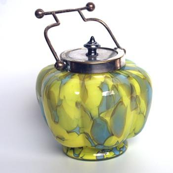 Unusual WELZ? biscuit/trinket jar - Art Glass