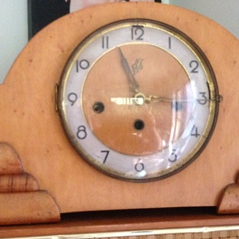 Jauch Triple Chime Mantle Clock - Clocks