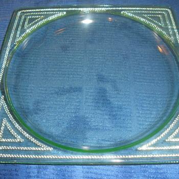 Glassworks Neimen plate. - Glassware