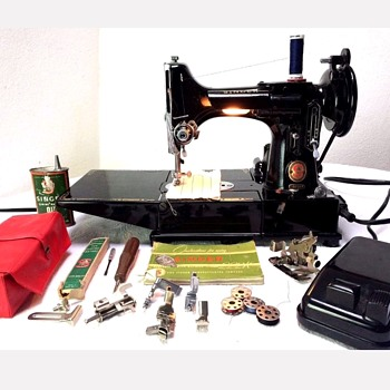 Feathetweight Sewing Machine - Sewing