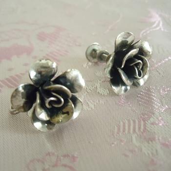 Sterling silver Jewel Art screw back little rose earrings - Fine Jewelry