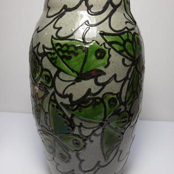 Kunsttöpferei Kandern 832 - Pottery