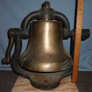 """Howard 12"""" Diameter Train Bell with Yoke & Bracket - Railroadiana"""