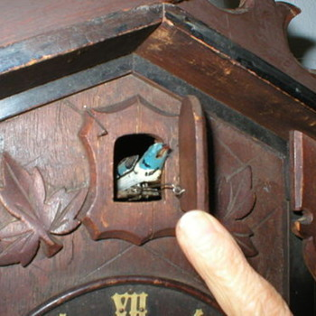 Antique Cuckoo Clock, searching history about this? - Clocks