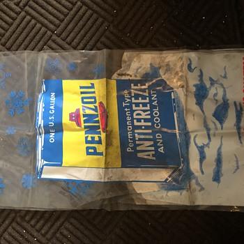 Pennzoil plastic older bags - Advertising