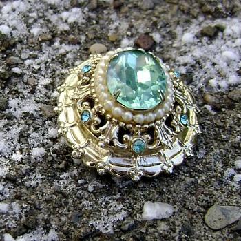 Vintage Coro Brooch Aqua & Pearl - Costume Jewelry