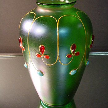 Loetz Creta Glatt Iridescent Jeweled Vase. - Art Glass