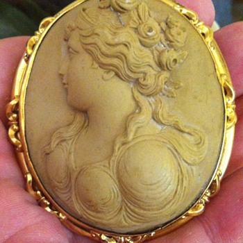 My first huge lava cameo brooch. - Fine Jewelry