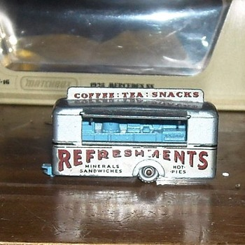 Matchbox 74A Refreshment Canteen - Model Cars