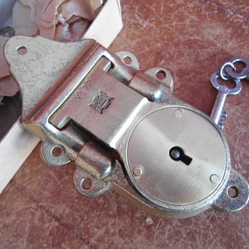 Excelsior Trunk Lock - Furniture