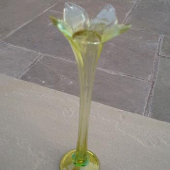 Not A Clue! - Art Glass