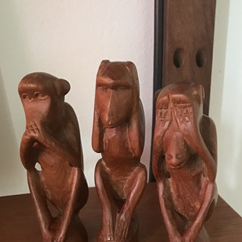 Mid Century Modern Monkeys. - Animals