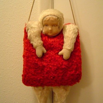Ideal doll/child's muff - Dolls