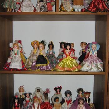 "My Blue Bonnet Margarine ""Dolls of All Lands"" dolls"