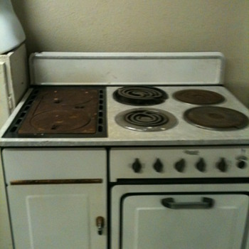 old monarch stove - Kitchen