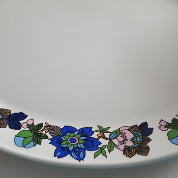 Johnson Bros Mod Flowers.. anyone know this pattern name?
