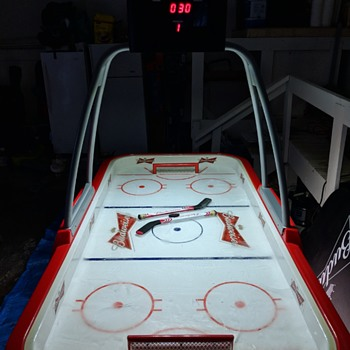 Budweiser Real Ice Hockey Table - Breweriana