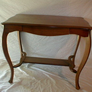 vintage table - Furniture
