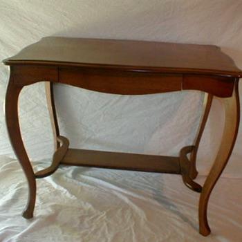 vintage table - Furniture