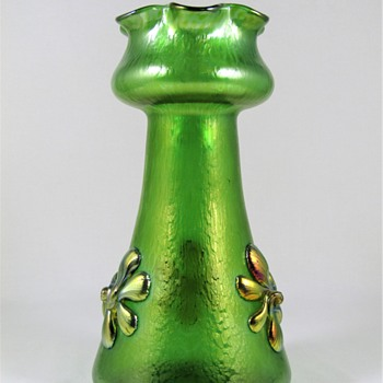 Loetz Yellow Green Cisele with applied Flowers PN 11-5759 ca. 1908 - Art Glass