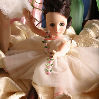 Childhood dolls. still beautiful. - Dolls