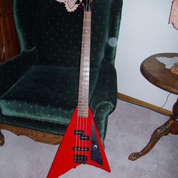 Rare 80's El maya bass guitar - Guitars