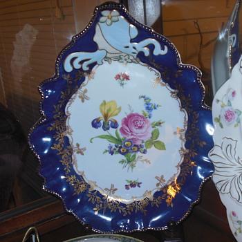 Limoges teardrop platter with girl's face