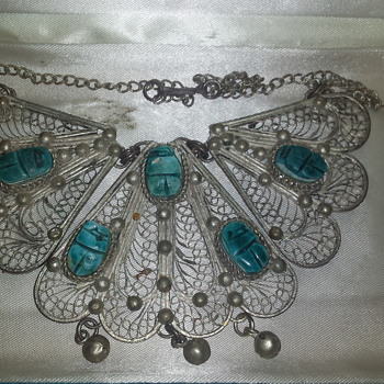 Necklace of unknown origin - Costume Jewelry