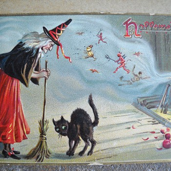 MORE OLD HALLOWEEN POSTCARDS - Postcards