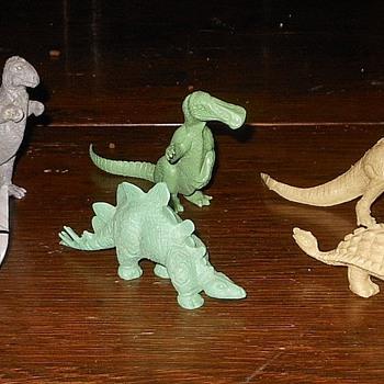 Marx Dinosaurs Medium Mold Group PL-750 1950s - Toys