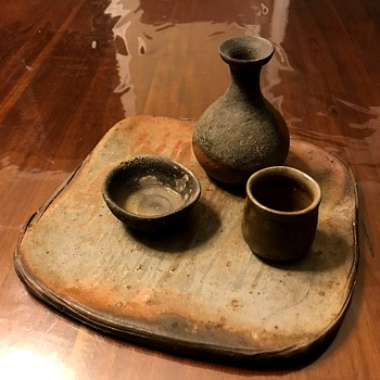 Decent set of Japanese handmade tableware I found at culture market today  :) - Pottery