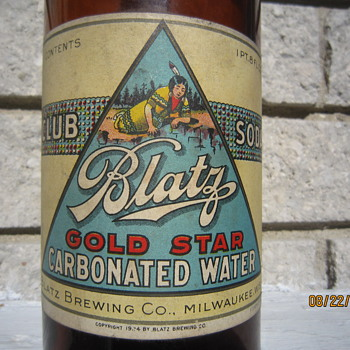 1924 Prohibition Blatz Brewing Co. Gold Star Club Soda 1 Pint 8 Ounce Brown Bottle w/ Label - Bottles