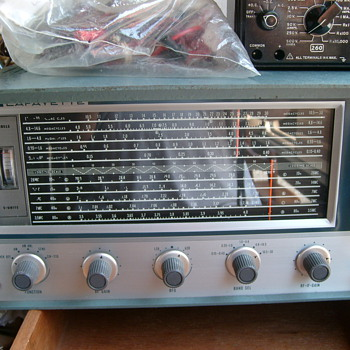 My vintage Analog Lafayette receiver. - Radios