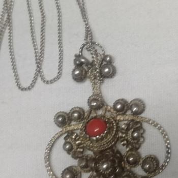 Beautiful coral pendant..  Victorian? - Fine Jewelry