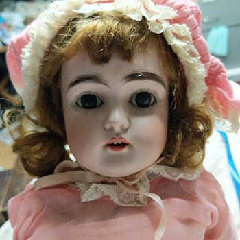 F made in Germany doll - Dolls