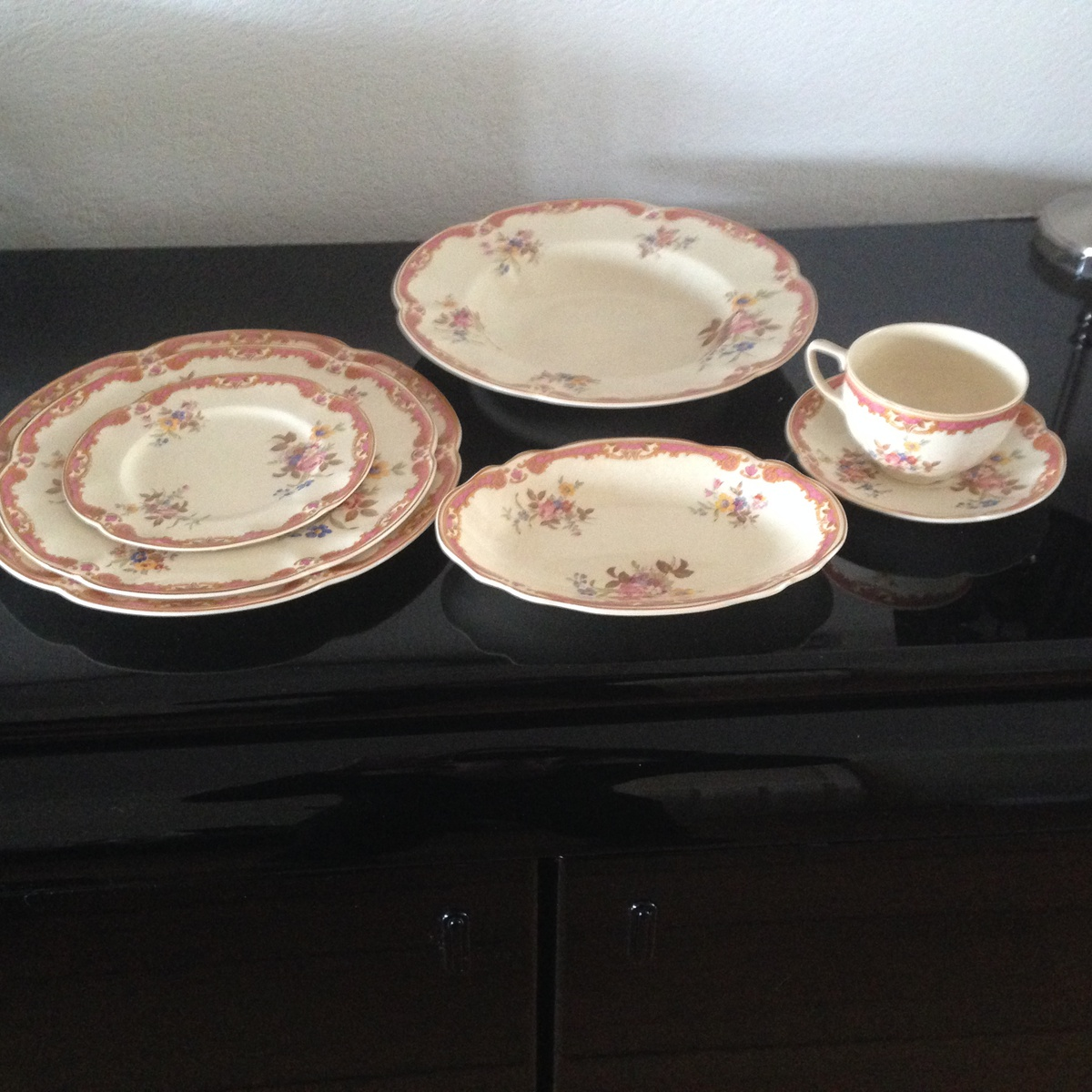 My inherited china from Johnson Brothers - Victorian Boscombe | Collectors Weekly : victorian dinnerware - Pezcame.Com