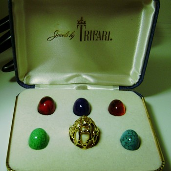 Trifari Interchangeable Ring Set - Costume Jewelry