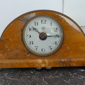 1922 Leon Hatot Yellow Marble ATO Clock - Clocks