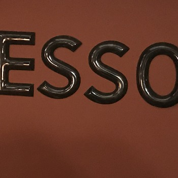 1950's ESSO porcelain 8 inch letters. - Petroliana
