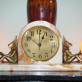 "J. B. Hirsch ""Pixies"" Clock 1927, apres Gerda Iro Gerdago"