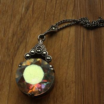 Art deco Aurora borealis silver pendant - Fine Jewelry