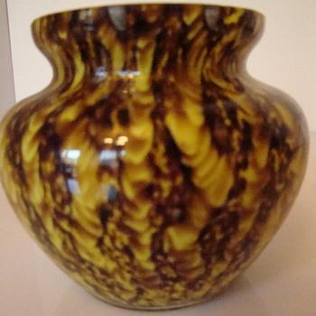 Welz Zig Zag Lines squat vase