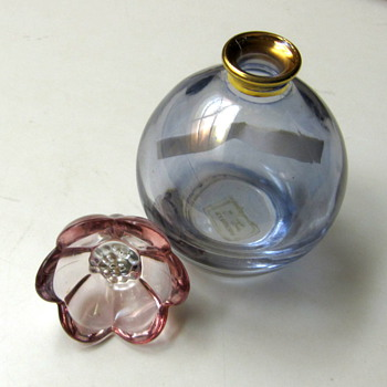 Illusions perfume bottle, Italy - Bottles