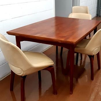 Danish Deluxe Dining set - Furniture