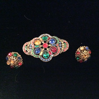 Multicolor rhinestone brooch and earrings - Costume Jewelry