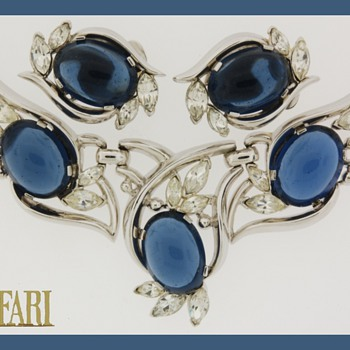 Trifari Pre 1955 Large Cabochons - Costume Jewelry