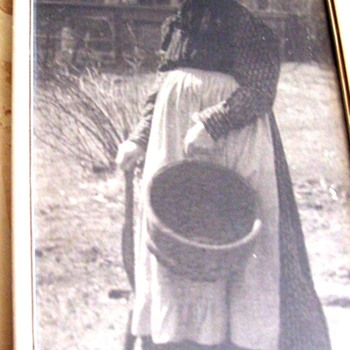 "A GRANNY IN 1893, RIVER FOREST, IL."" SALT OF THE EARTH"", NAMED & DATED ON BACK - Photographs"