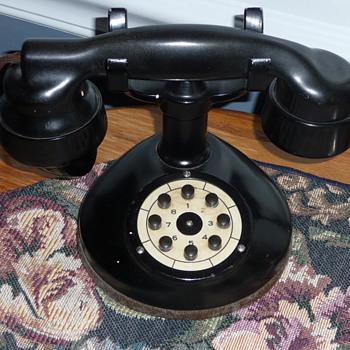 Graybar Inter-Phone - Telephones