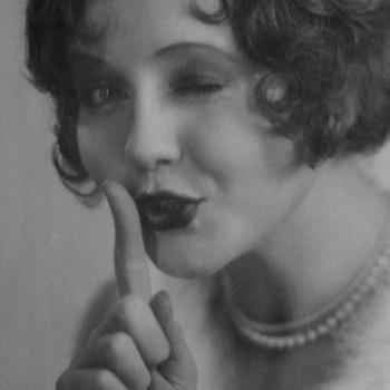 "Nancy Carroll ""Abie's Irish Rose"" Original Photo circa 1928 & First Issue of ""The New Movie Magazine"" - Photographs"